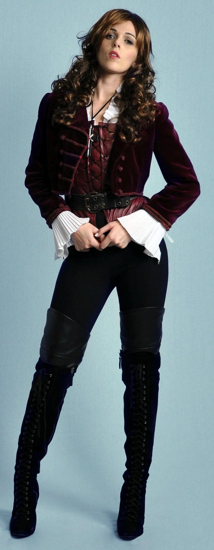 Vampire Hunter, Halloween costume to hire from Tne Costume Shop ...