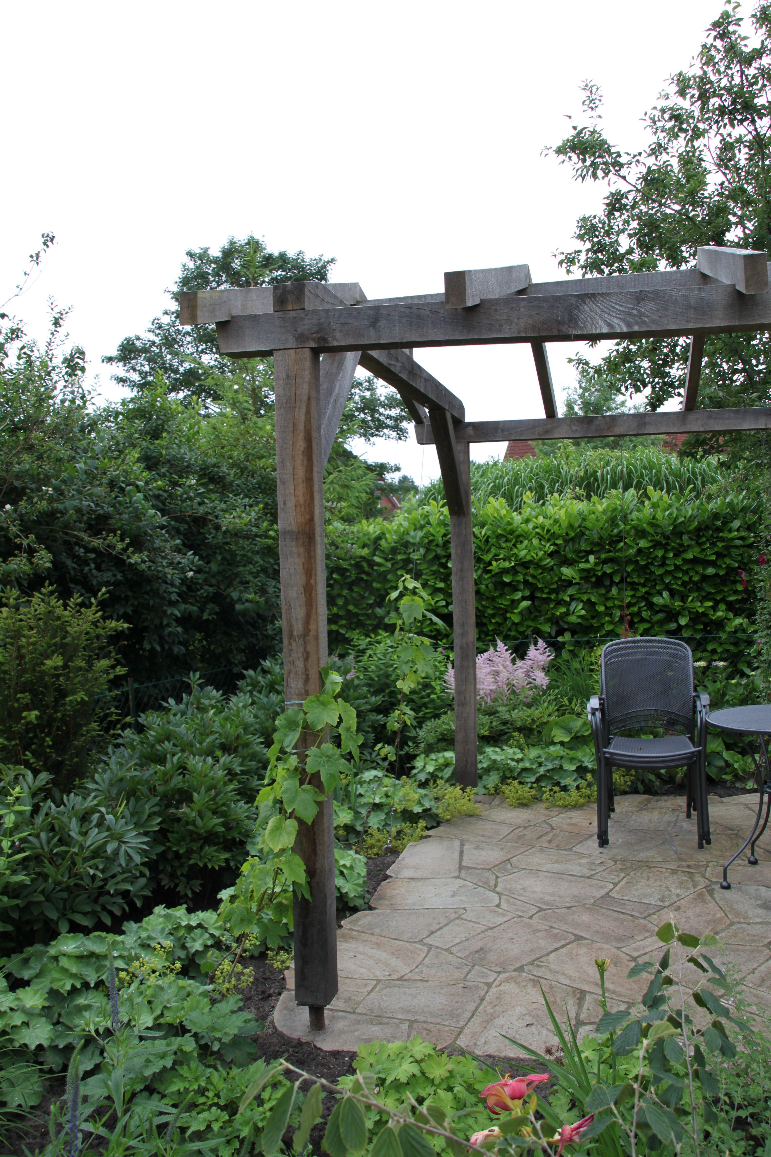 Sitzplatz Pergola Polygonalplatten Gartengestaltung Sitzplatz Im Garten Garten