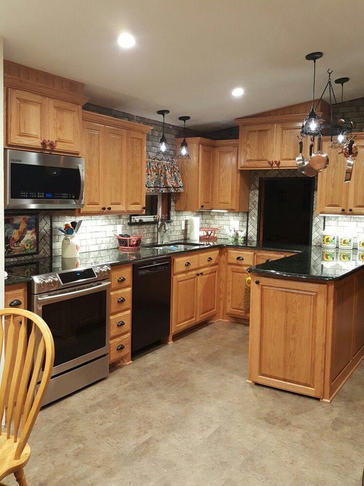 14 Graceful Counter Top Laundry Rooms Ideas Diy Countertops Oak Cabinets Countertops