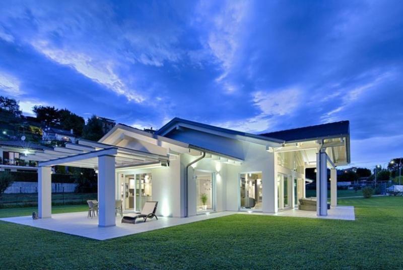 Case in legno kager italia nebbiuno 2 architettura nel for Architettura moderna case