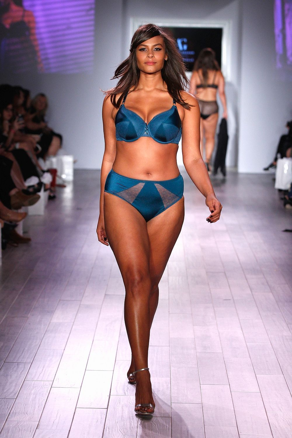 5f7f359a8 Plus-size models hit the catwalk at New York fashion week