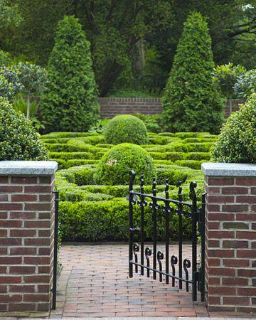 Martha Stewart brings a sample herb garden to the New York Botanical - sample lawn and garden
