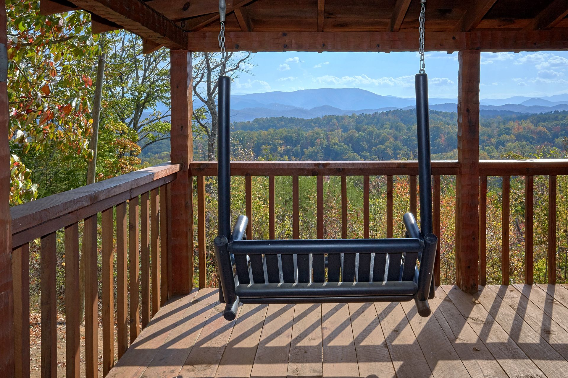 BARE SNUGGLIN' 1 BEDROOM cabin in Sevierville
