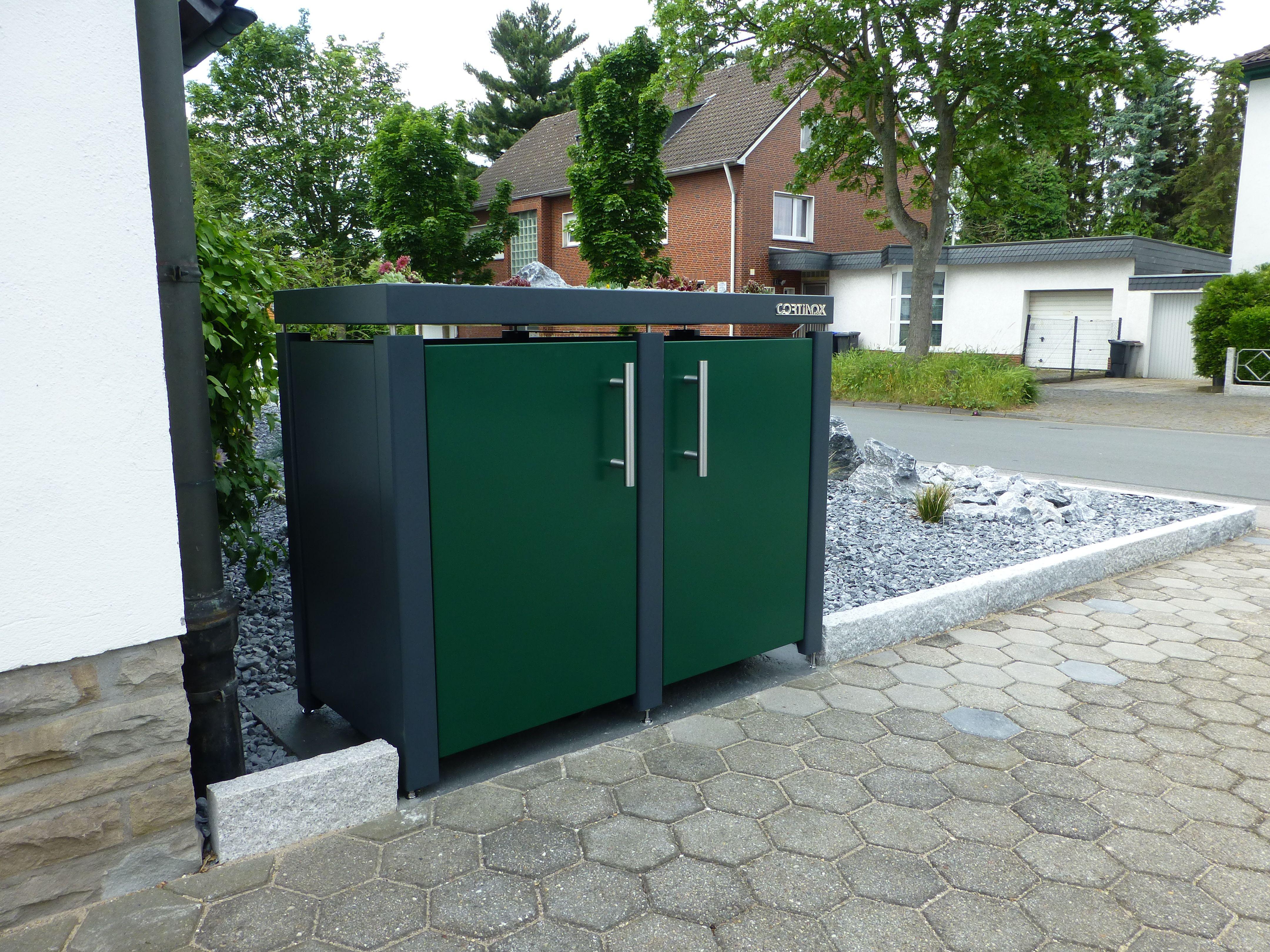 Farbige Mulltonnenbox Kaufen Mulltonnenbox Anthrazit Grau Weiss In 2020 Mulltonnenbox Dachformen Mulltonnen Verkleidung