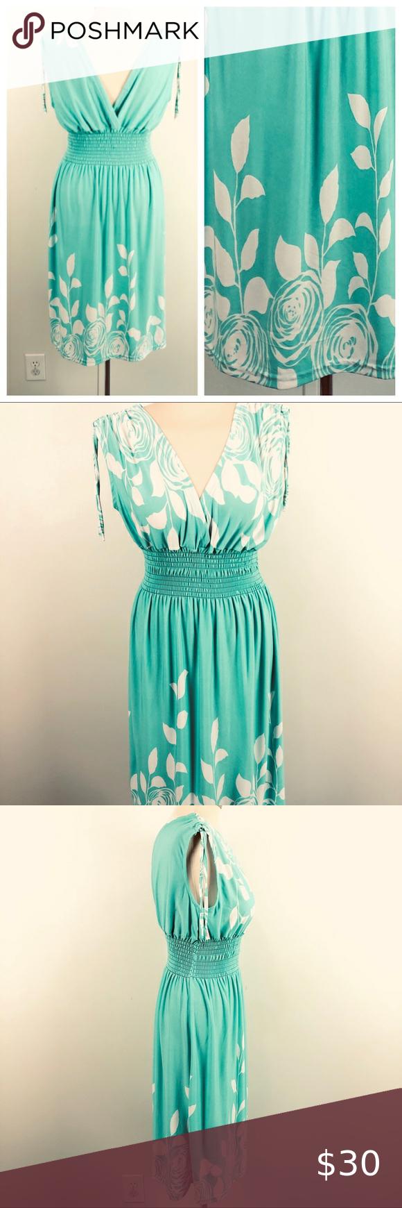 Summer Dress Stretchy Elastic Bodice Surplice Bust Summer Dresses White Knee Length Dress Pleated Shift Dress [ 1740 x 580 Pixel ]