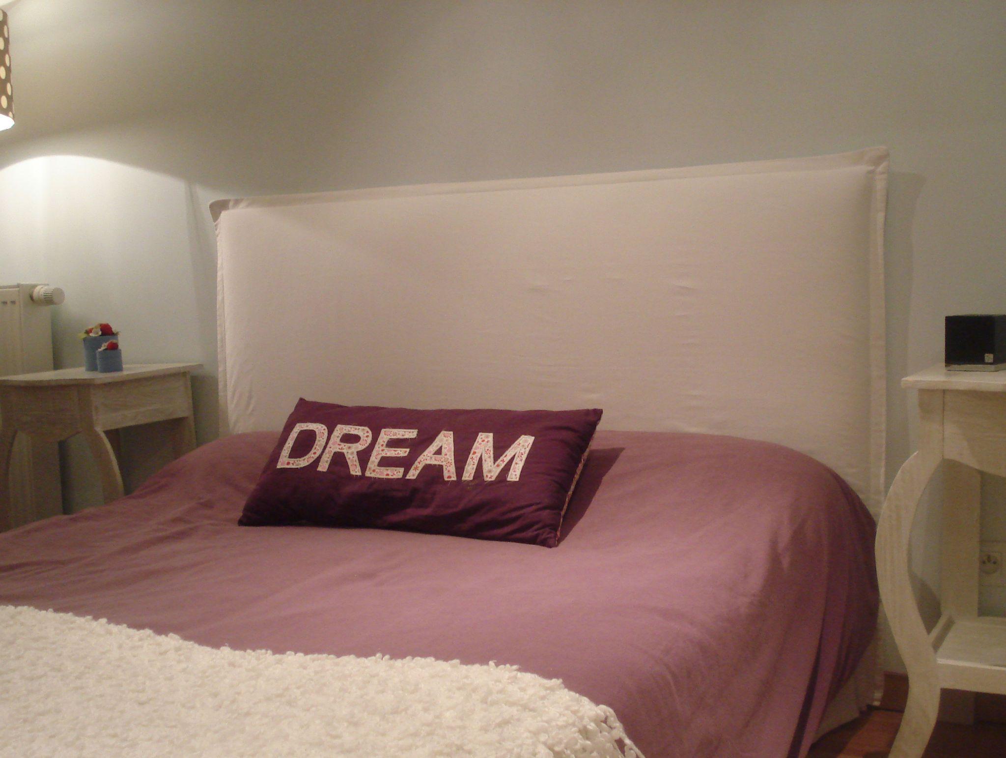 Diy tete de lit couture lit diy tete de lit et tete - Faire une tete de lit en tissus ...
