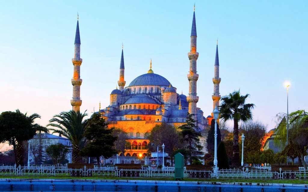 تفسير حلم رؤية المسجد فى المنام Travel Blue Mosque Istanbul Places In Europe