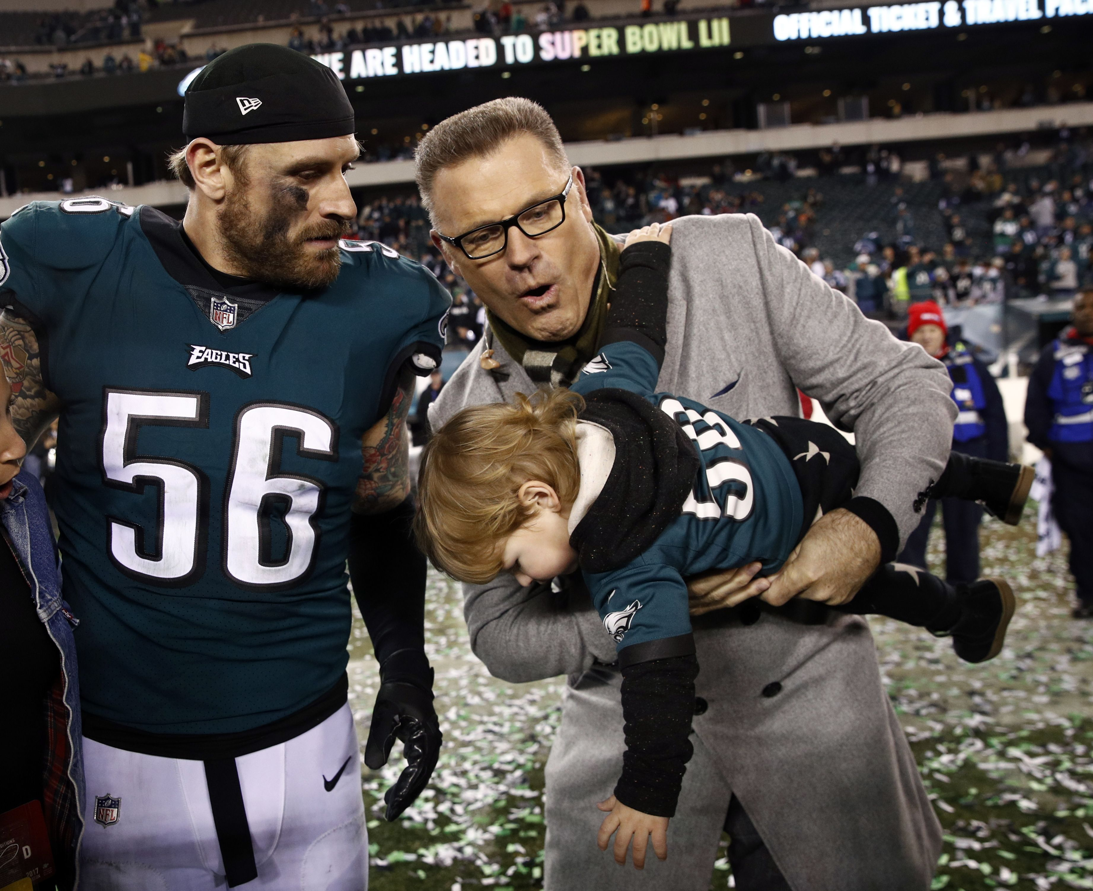 The Long S We Fly We Fly Ap Picture I Have No Rights To This Picture Philadelphia Eagles Football Philadelphia Eagles Fans Philadelphia Eagles Super Bowl