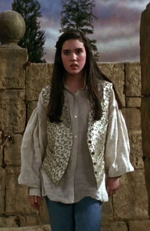 The Labyrinth Resource | Labyrinth stuff... | Sarah ... Labyrinth 1986 Sarah