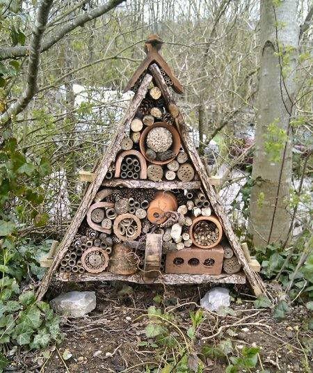 Insect Hotel 23 Ideen für die Installation in Ihrem Garten ,  #garten #hotel #ideen #ihrem #insect #installation