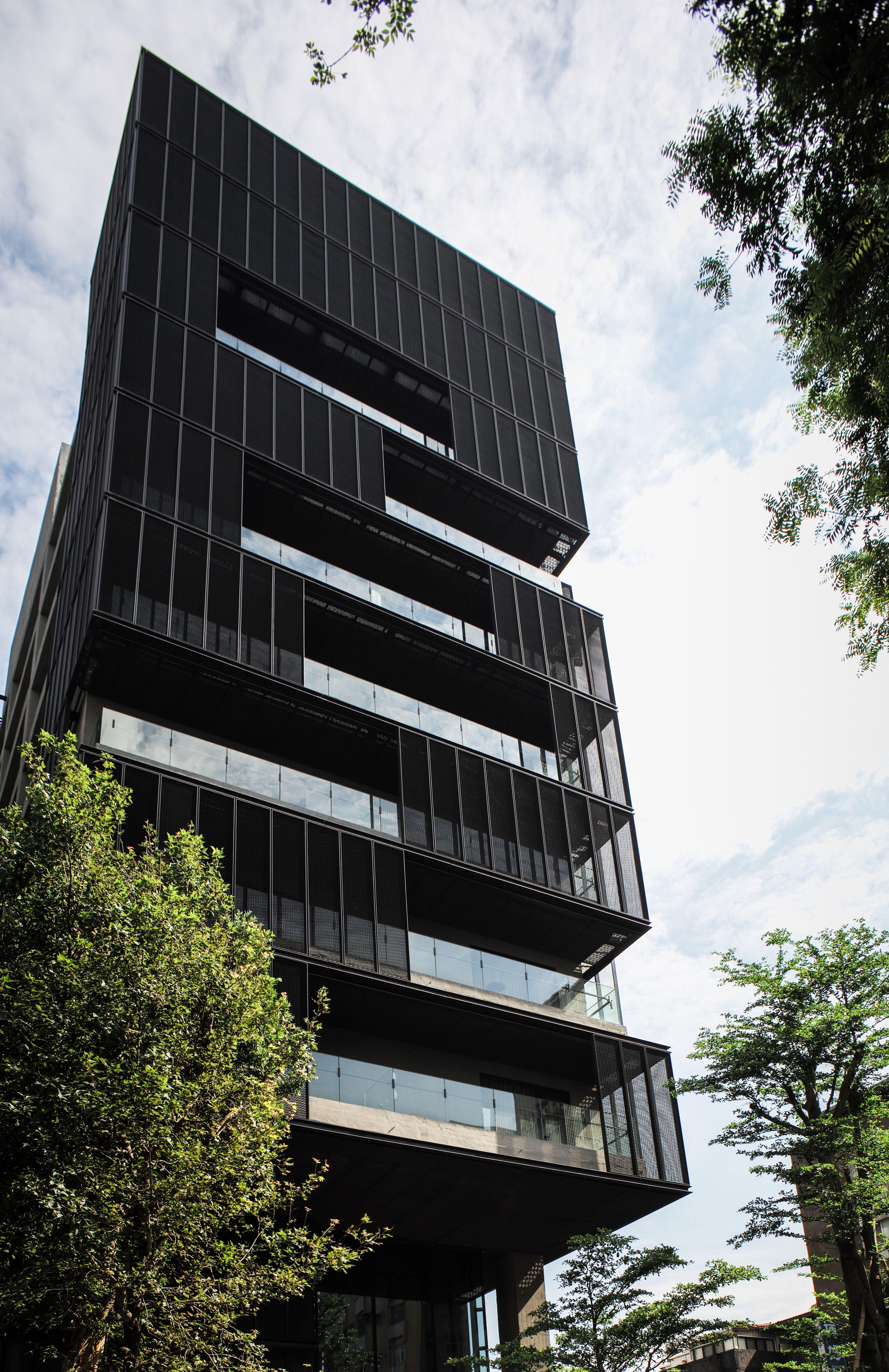 Facade: HOTEL PROVERBS TAIPEI, Architecture