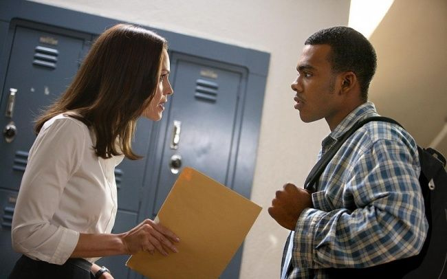 18 Extremely Motivating Movies Freedom Writers Freedom Writers Movie Motivation Movies