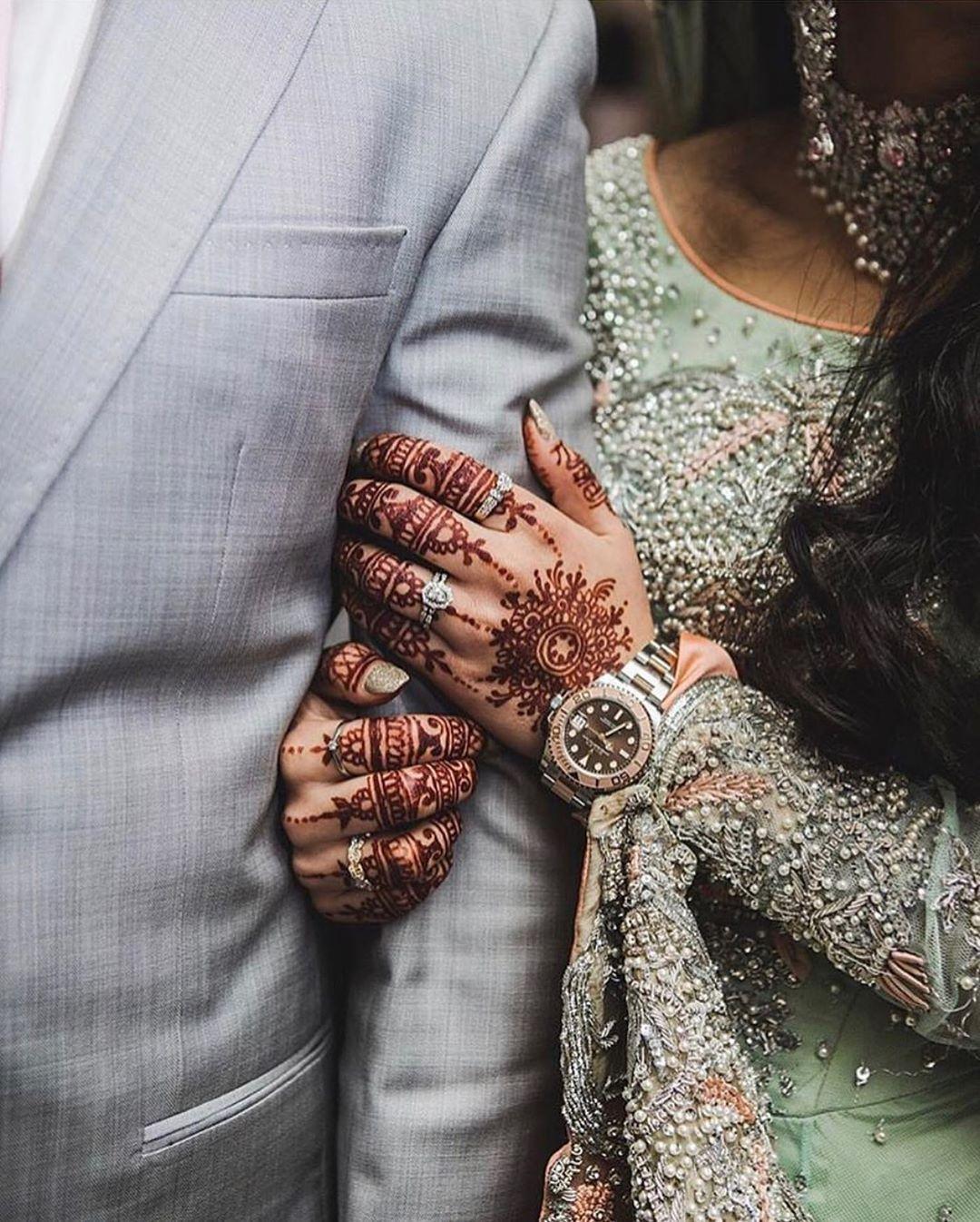 "Pakistani Bride on Instagram: ""Perfect ❤️ 📸: @sumirasji ✨ #pakistanibride #weddinghenna #hennastain #mehndistain #mehendistain #bridaldiaries #weddingdiaries…"""