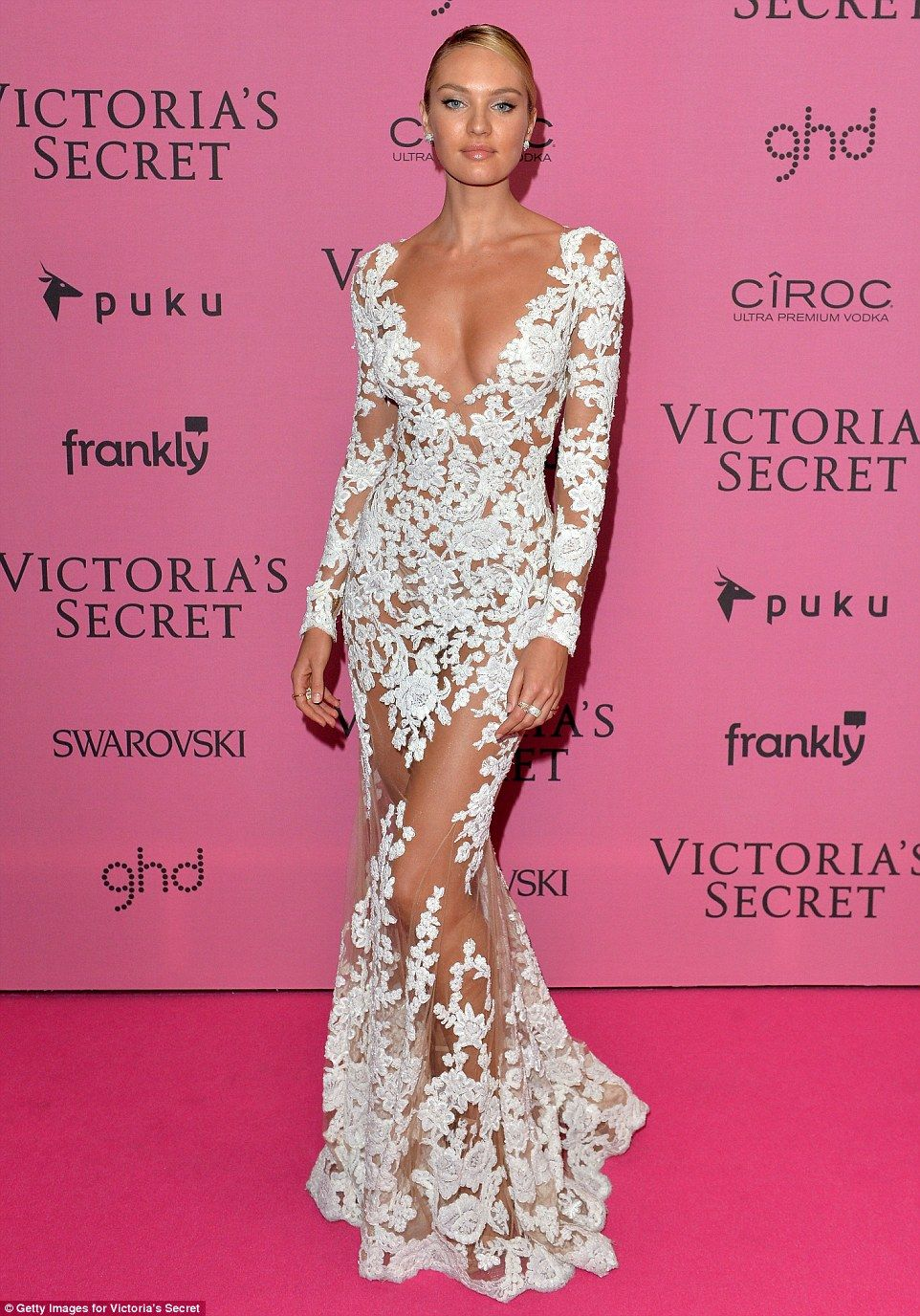 Alessandra Ambrosio continues to show off her perky bust | Grado ...
