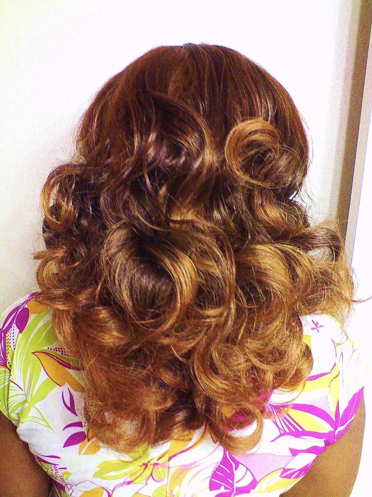 Simple And Easy Classic Curls Using Clip In Hair Extensions From