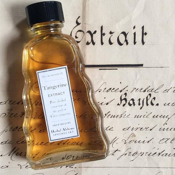 Tangerine Extract in a Vintage Bottle by Alchemologie