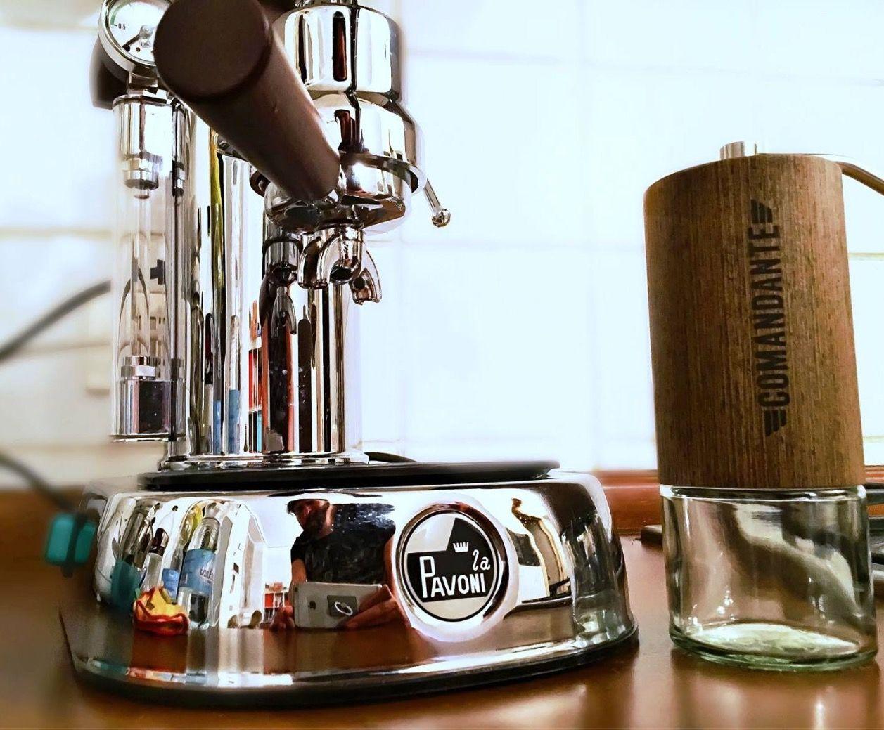 A Comandantegrinder And A La Pavoni Professional For Centaurx Handgrinder Lapavoni Lapavoniespresso Leverm Espresso Machine Coffee Maker Italian Style