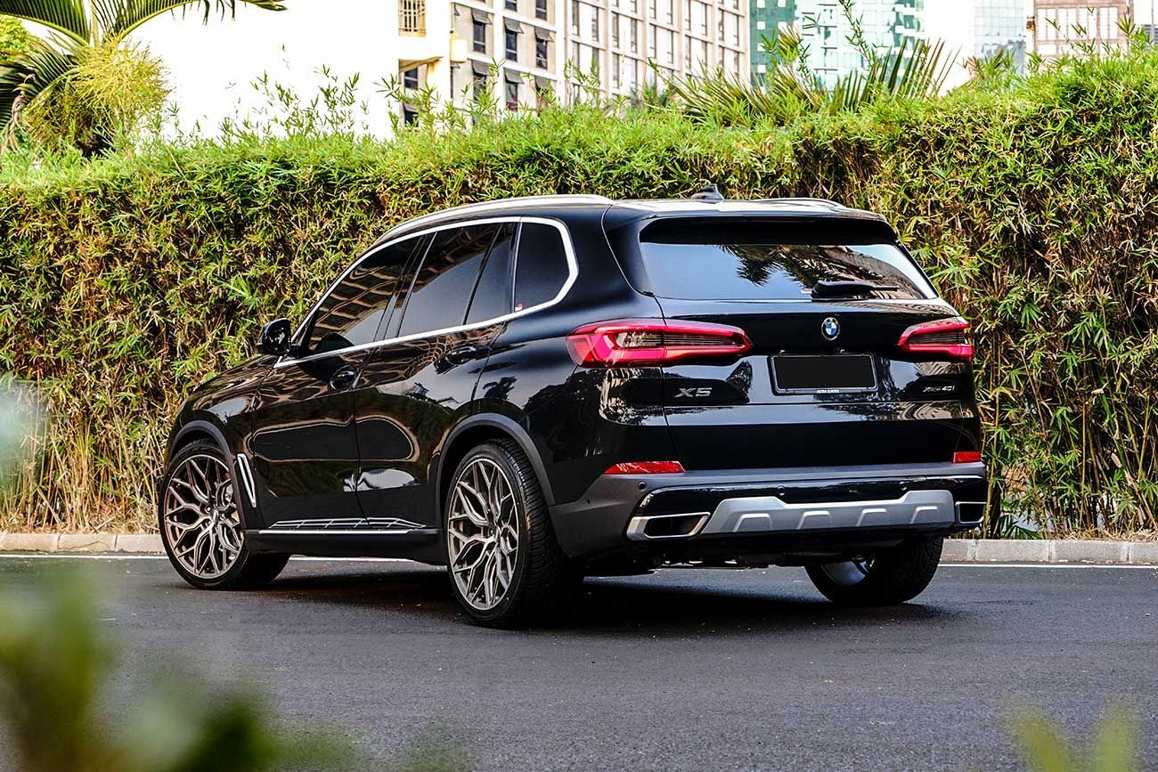Bmw X5 G05 Black With Vossen Hf 2 Aftermarket Wheels In 2020 With
