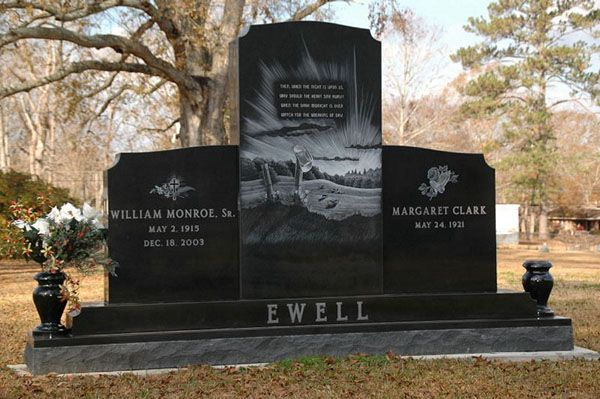 Laser Etched Scene On Center Stone R I P Pet Cemetery