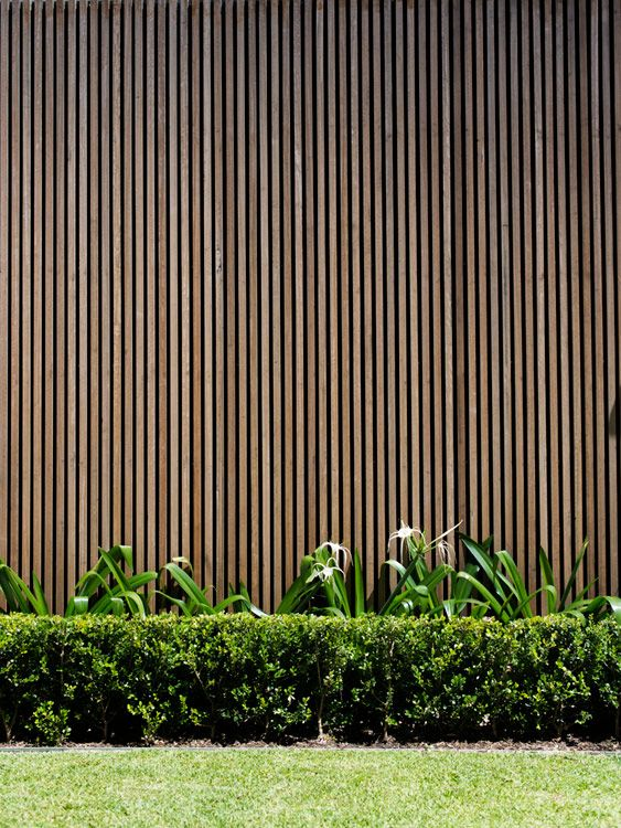 Vertical timber battens as an alternative to the more for Garden feature screens