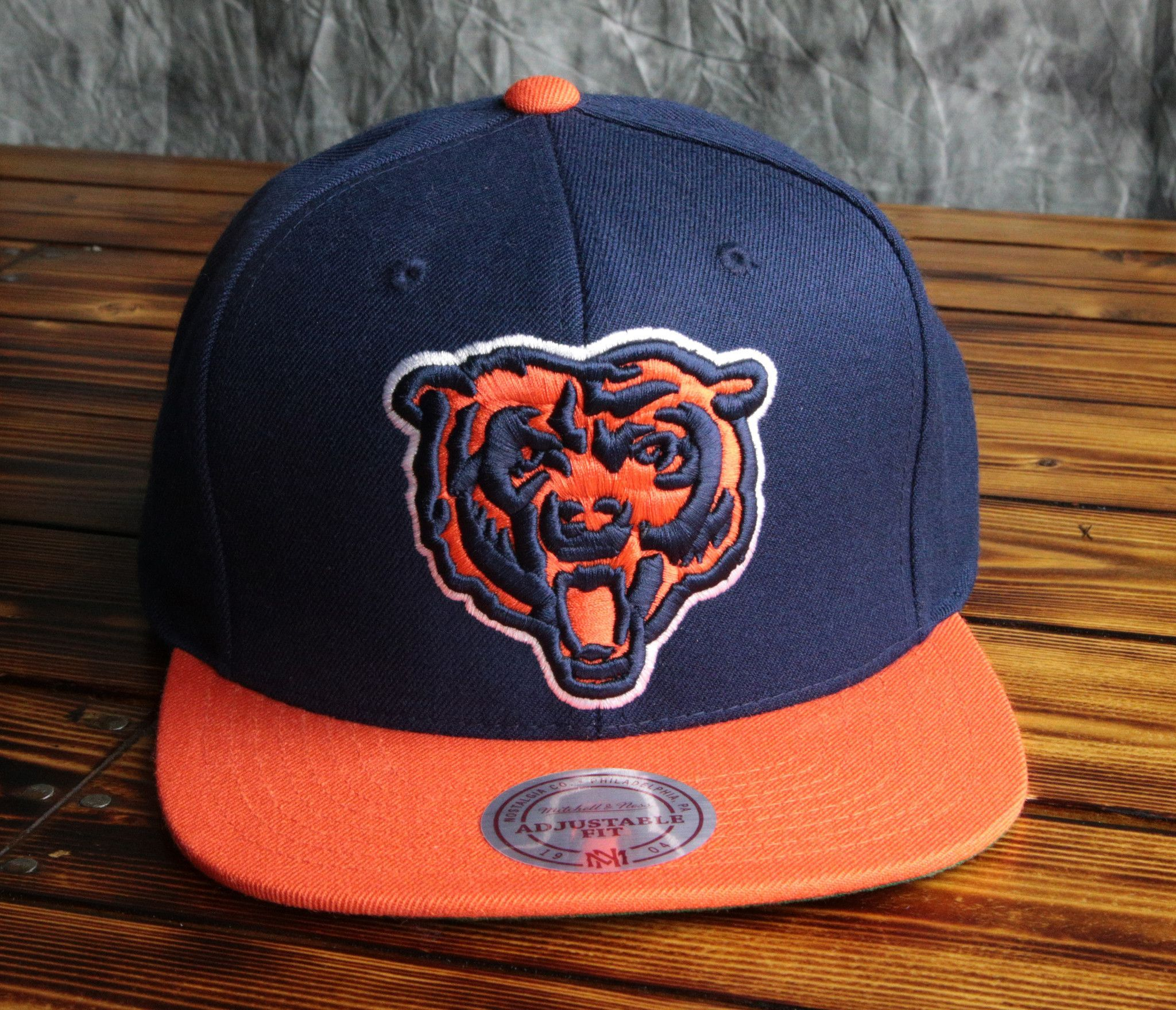6598f563af2 Chicago Bears Mitchell  Ness XL Logo 2-Tone Snapback Hat