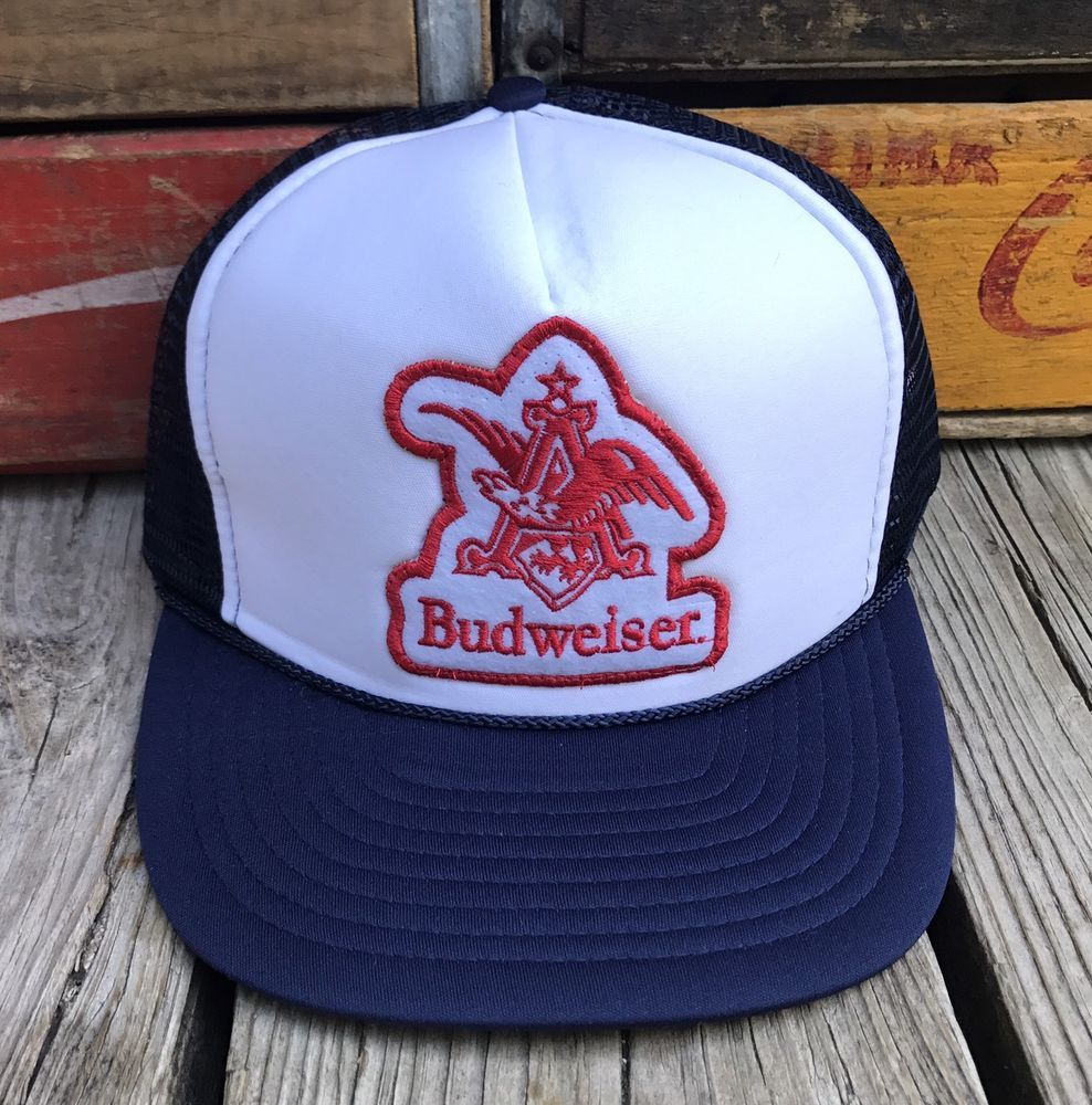 Vintage BUDWEISER Anheuser-Busch Beer 80s Navy Blue Mesh Snapback Trucker  Hat  f90dfa33f241