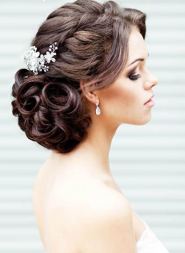 Peinados para novia recogidos con trenza