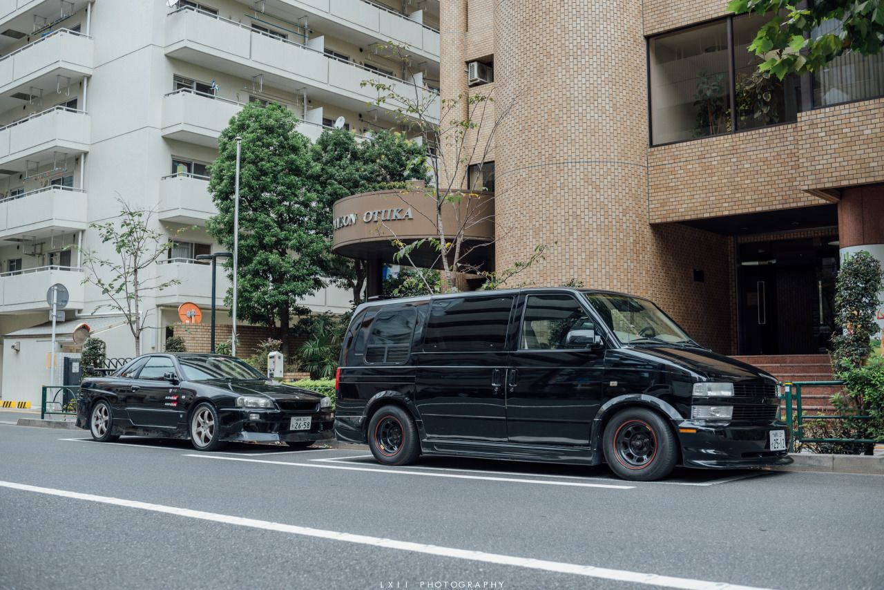 Dajiban Chevy Astro And An R34 1280x854 Luxury Cars Chevy Van Chevy