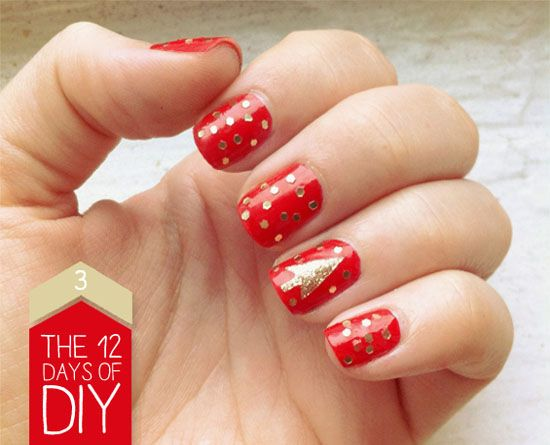 There are plenty of ways to celebrate the holiday season from find this pin and more on december nails by danaloper easy christmas nail art solutioingenieria Gallery