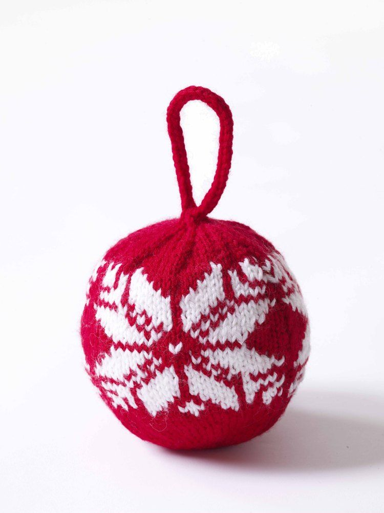 Fair Isle Snowflake Ornament In Lion Brand Wool Ease 70735ad