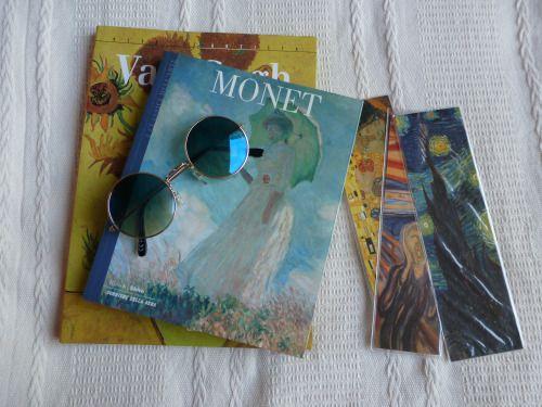 Books and Alice In Wonderland