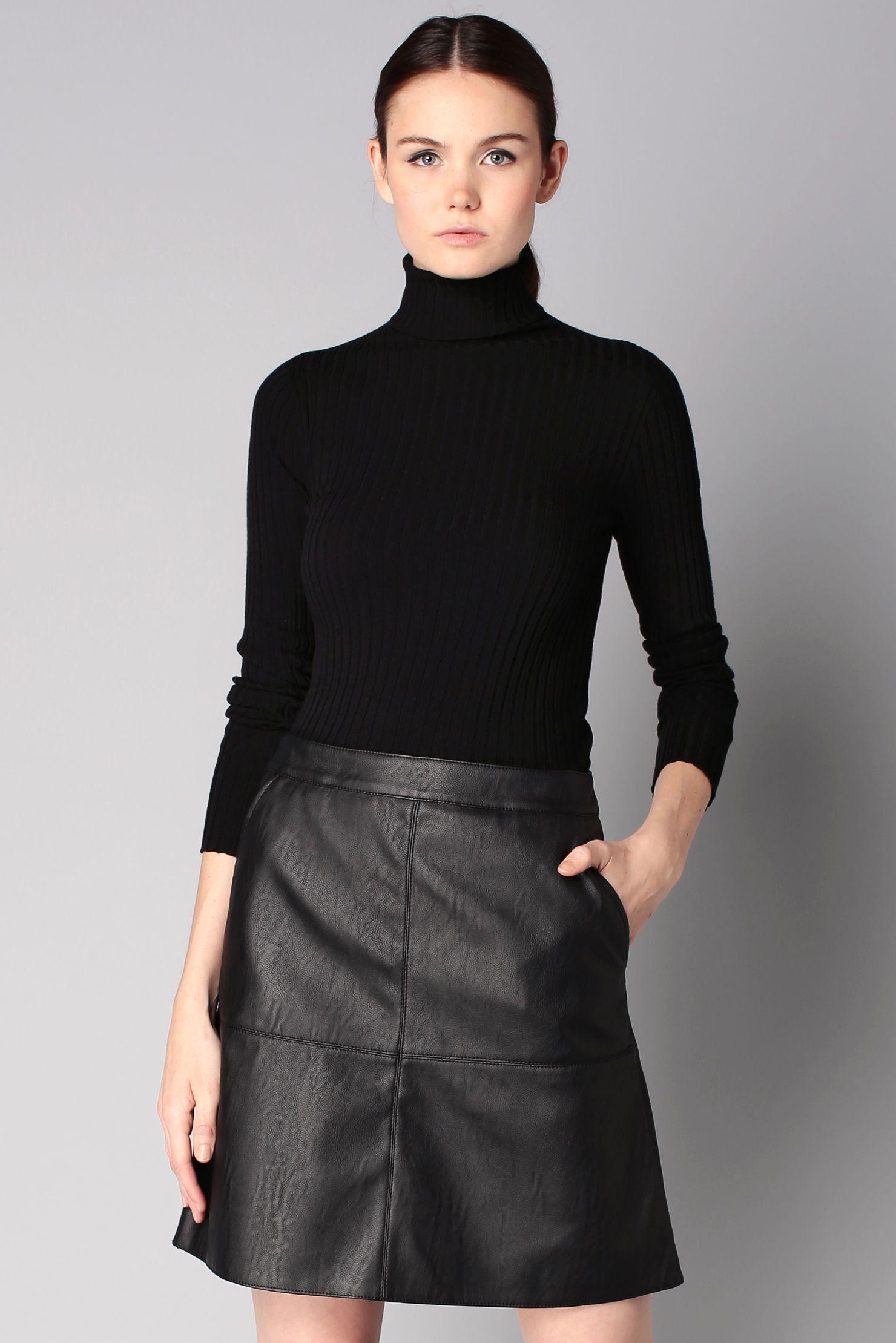 jupe noire simili cuir daphn e sin quanone sur couture pinterest jupe. Black Bedroom Furniture Sets. Home Design Ideas