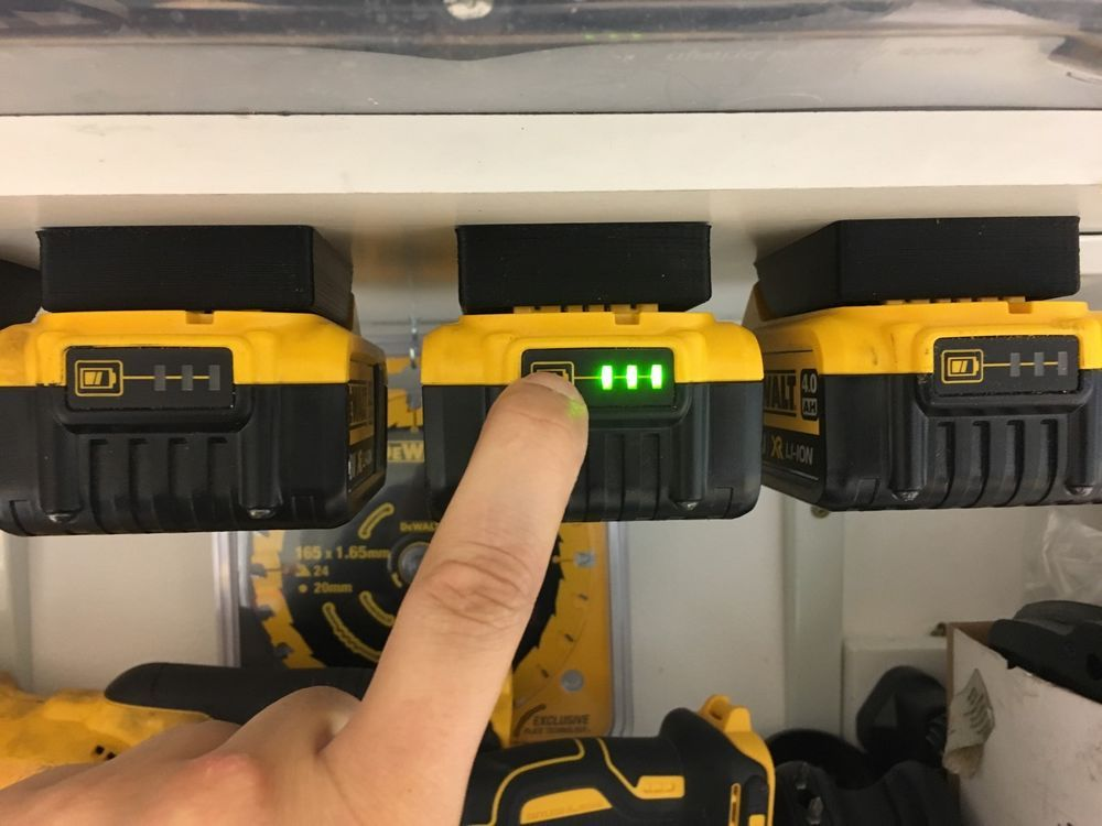 5x Black Dewalt Xr Battery Mounts Great For Tough System