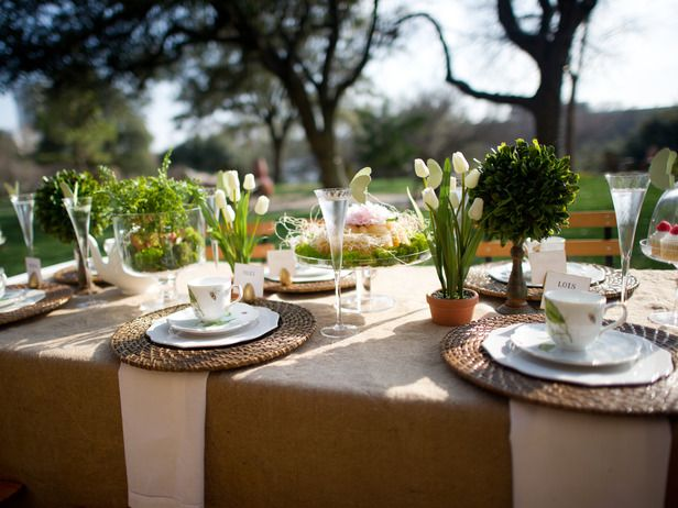 Great Use Natural Elements To Dress Up Your Table, Such As Moss And Fresh  Flowers;. Outdoor Table SettingsOutdoor ...