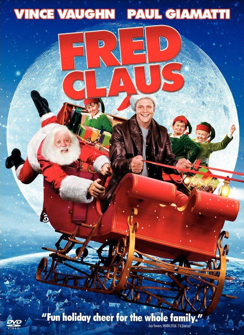 Vince Vaughn Turns In A Performance That S Both Poignant And Comical As Fred Claus Santa S Bitter Olde Fred Claus Great Christmas Movies Best Christmas Movies