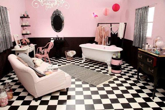 Salle de bain glamour rose et noir | Idée déco | Salle de bain ...