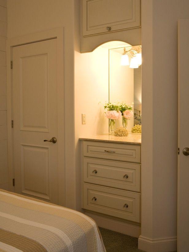 Built In Bedroom Vanity