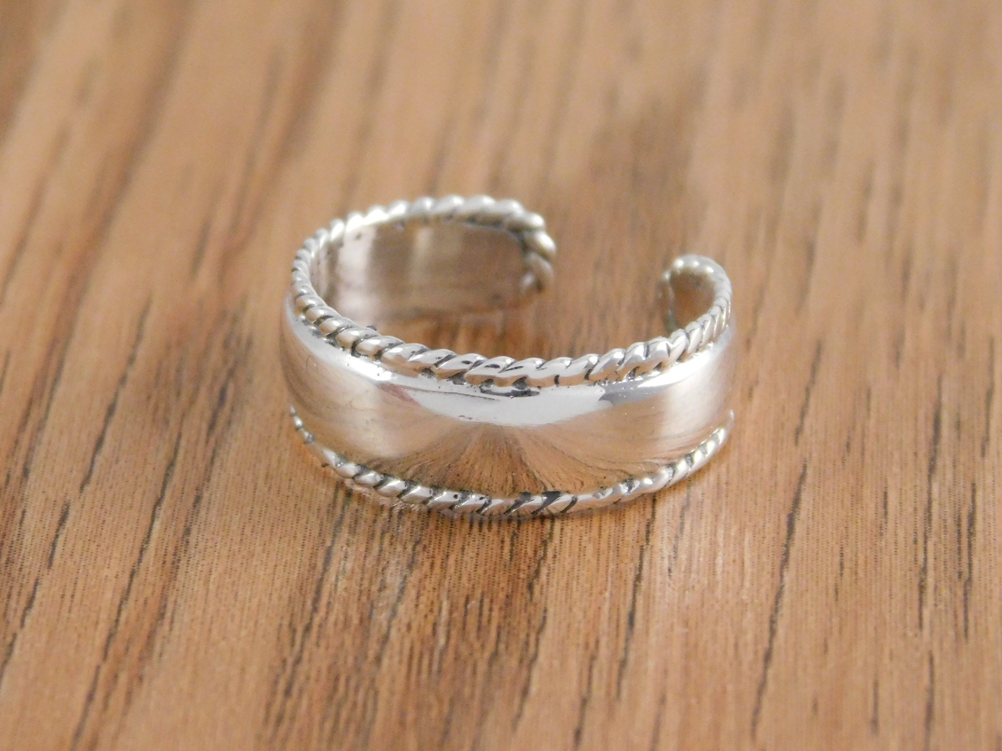 Celtic Toe Ring Face Height 7 mm Solid Sterling Silver 925 Adjustable Jewelry