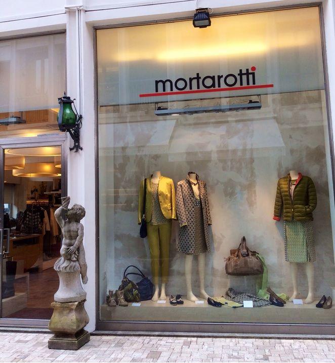 MORTAROTTI: in Via Alessandro Manzoni, 14, 20121 Milano, Italia #Negozio #Milano #Abbigliamento #Calzature #Accessori #Donna