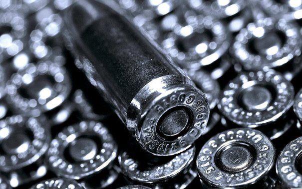 Anik Singal S Im Target Is Finally Here Guns Wallpaper Silver Bullet Hd Wallpaper Iphone Guns and bullets hd wallpaper