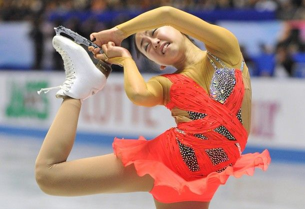 Japan's Mao Asada performs in the women's short program at the World Team Trophy figure skating competition in Tokyo on April 11, 2013.