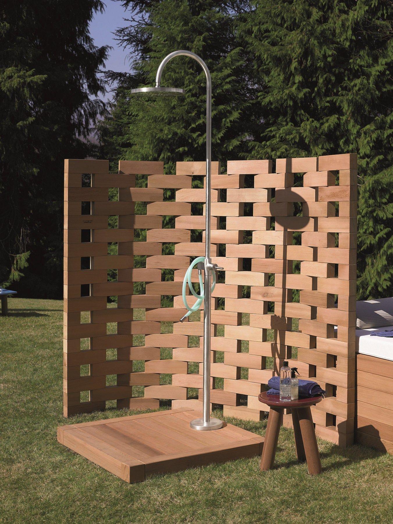 doccia esterna in acciaio inox colonna doccia by kos by zucchetti