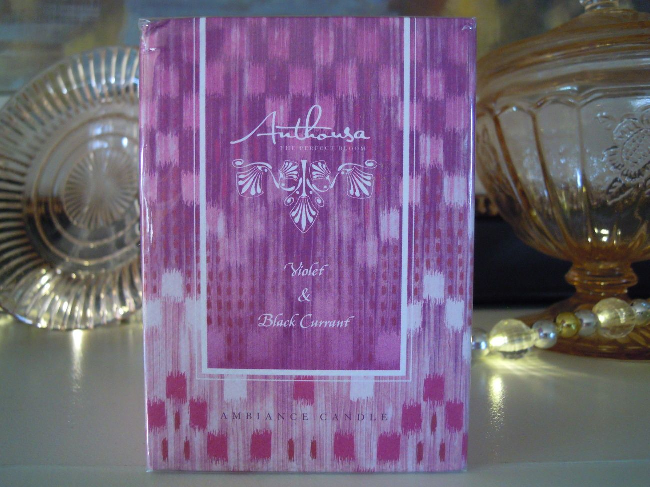 Anthousa Violet & Black Currant Candle 7.3 oz Made in the USA