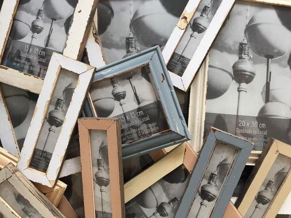 made in berlin aus dem holz von berliner altbaut ren fotorahmen aus recyceltem holz. Black Bedroom Furniture Sets. Home Design Ideas