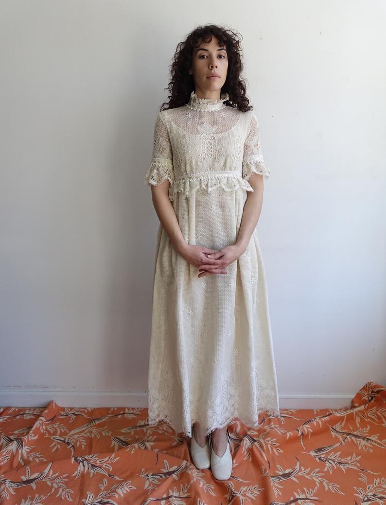 Vintage 60s White Lace Dress 1960s Ivory Crochet Short Sleeve Etsy Lace White Dress Lace Dress Dresses [ 1037 x 794 Pixel ]
