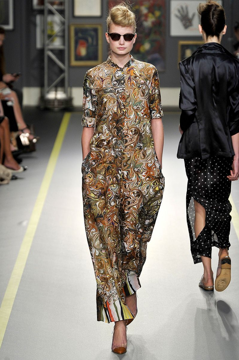 Paul Smith Spring 2011 RTW - Runway Photos - Fashion Week - Runway, Fashion Shows and Collections - Vogue