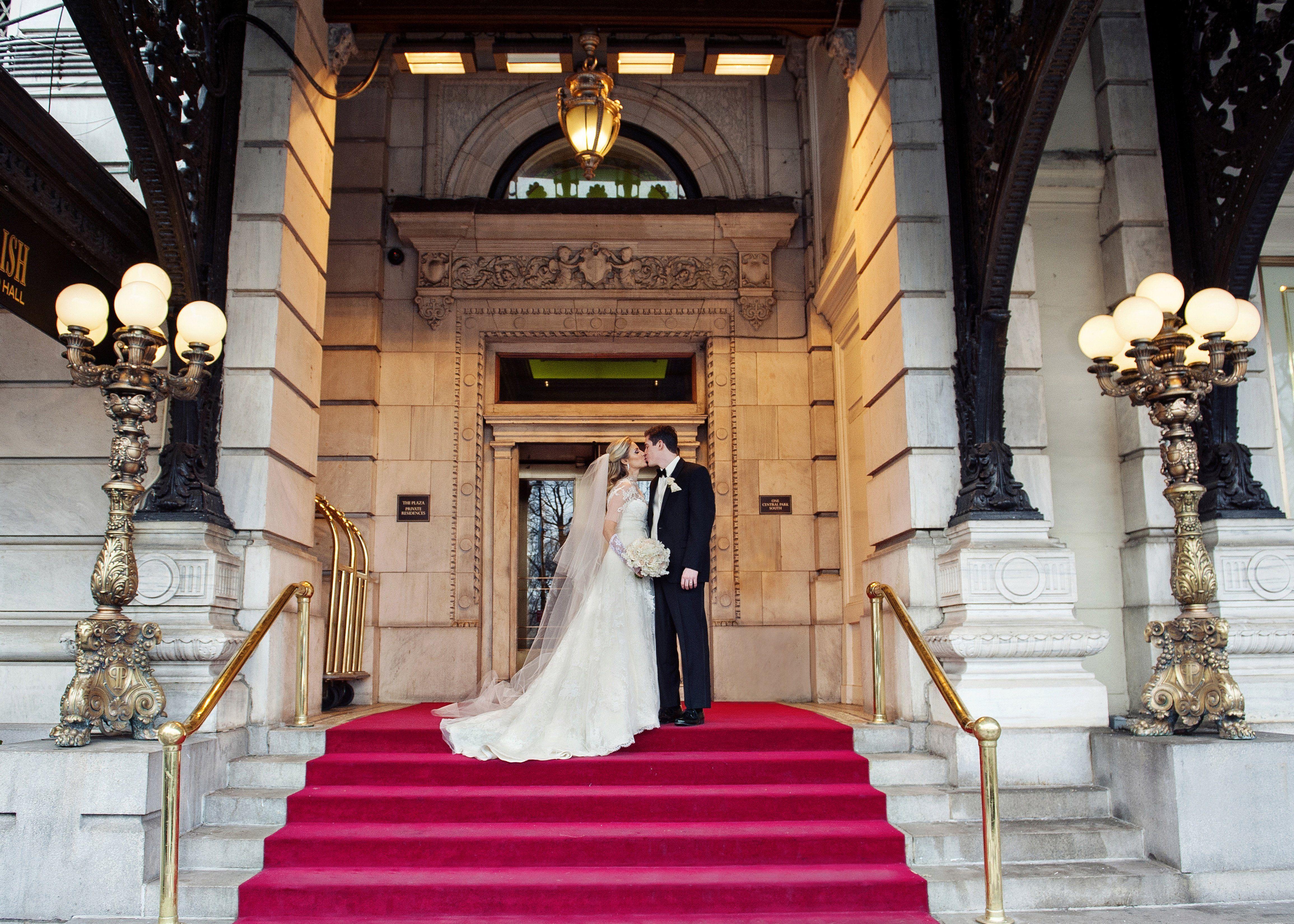 An Opulent Plaza Hotel Wedding Plaza Hotel Wedding Plaza Hotel Hotel Wedding