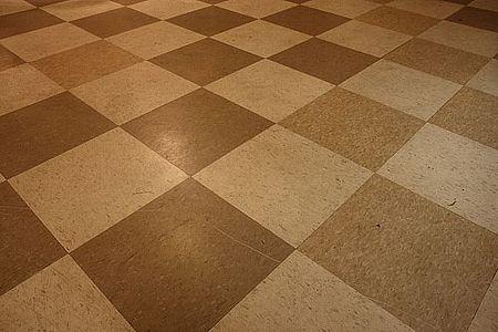 How to Restore Linoleum Floors