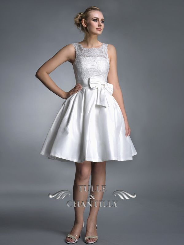 Vintage Illusion Top Lace Short Wedding Dress With Bow