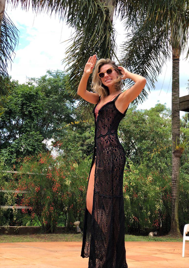 1a56457430 Vestido de crochê longo  55 modelos e tutoriais para arrasar no look ...